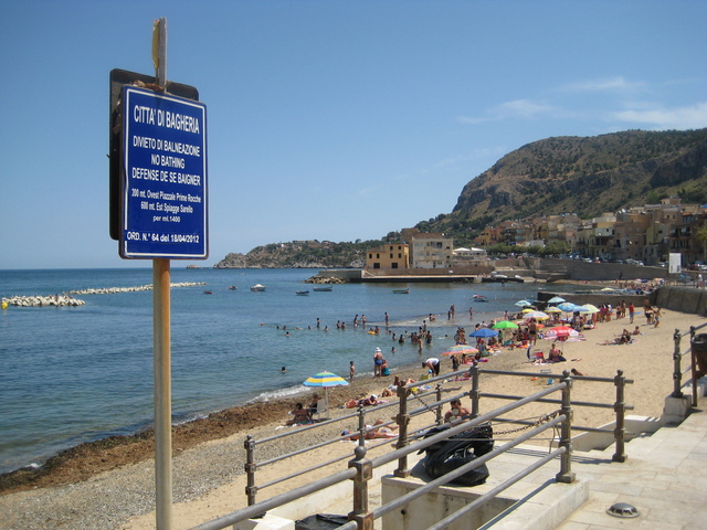 Image Quot No Swimming Quot Sign At Beach Near Bagheria